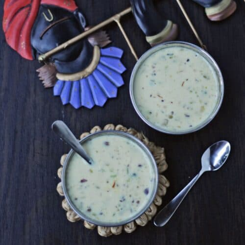 Basundhi dessert in bowls