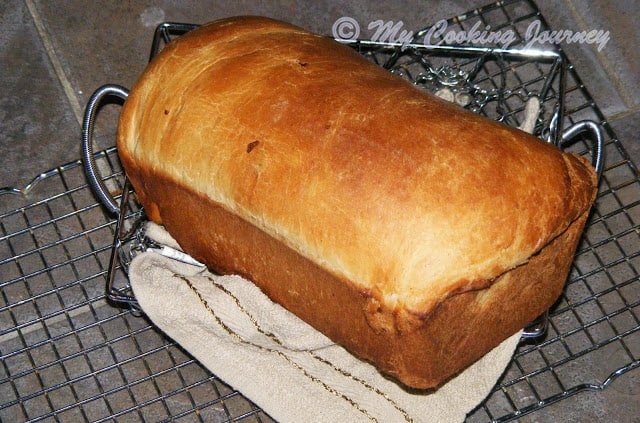 Cinnamon Raisin Bread - Whole loaf