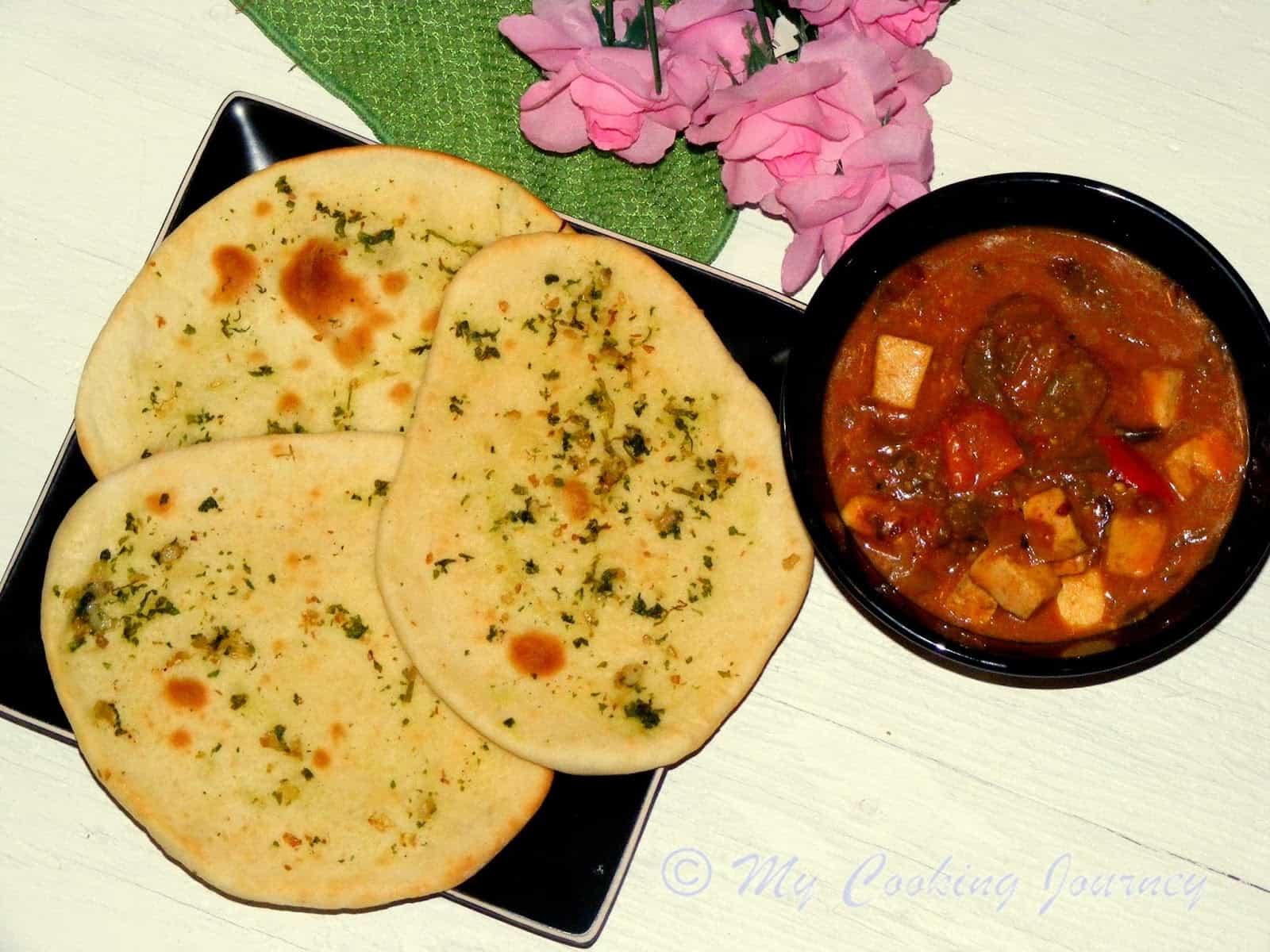 Naan – Garlic Naan (Oven baked Flatbread)