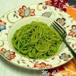 Basil-Pine Nut Pesto / Pesto Alla Genovese