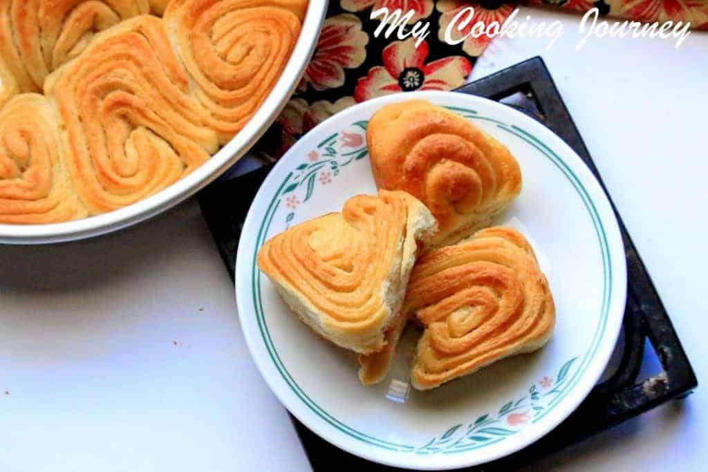Vanilla flavored Sweet Swirl Bun