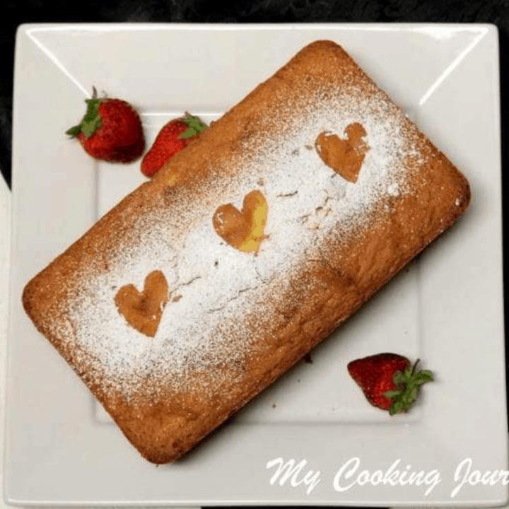 Vanilla Pound Cake in a Plate