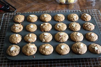 Whole wheat Banana Cranberry Almond Muffins %%